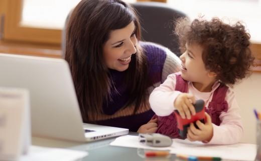 Мамы разные нужны: переводчицы — о карьере и материнстве